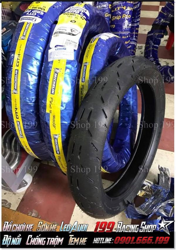 Lốp Michelin GP lắp cho tất cả dòng xe máy không ruột phổ biến ở TP,HCM.