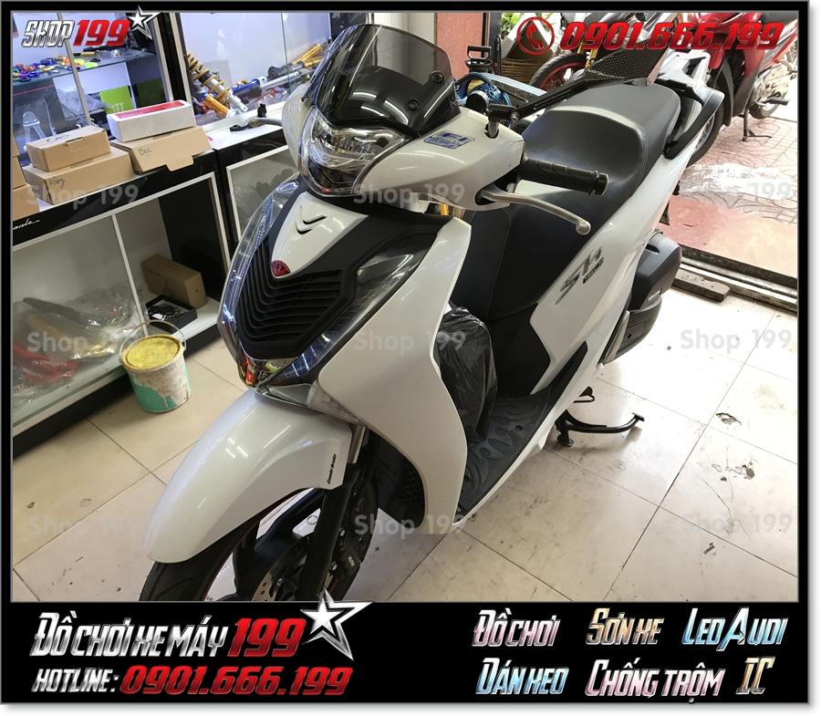 Picture of Honda SH 150i 2017 2018 2019 độ mặt nạ kiểu cao cấp, phụ kiện trang trí xe đẹp giá rẻ tại SG