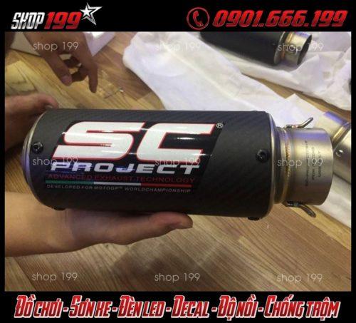 Hình ảnh pô SC màu đen ngầu và chất độ xe FZ 150i