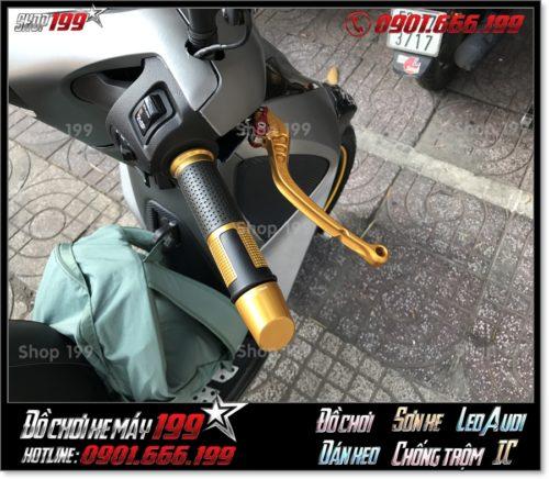 Image of độ phụ kiện tay cầm độ kiểu cho xe Honda SH 150i 125i 2017 2018 2019 giá rẻ tại Sài Gòn