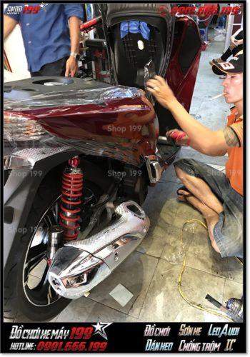 Xem ảnh dán keo bảo vệ cho xe SH 2017 150/125 giá rẻ tại HCM
